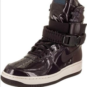 NEW Women's Nike SF AF1 SE PRM Port Wine Size 9.5
